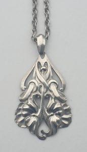 jugenstil zilver hanger ketting zilver art nouveau artnouveau ketting artnouveau hanger zilver antiek zilver antieke zilveren ketting skoander.com