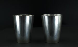 835 zilver glas borrelglas borrelglaasjes echt zzilver 835 nederlands gekeurd zilver gerritsen van kempen zilverwerk zilveren borrelglas massief zilveren glas 835 argent dutch silver glass gerritsen kempen zilver gvk zilverkeur vk zilvermerk gvk zilvermerk set glaasjes zilver skoander.com
